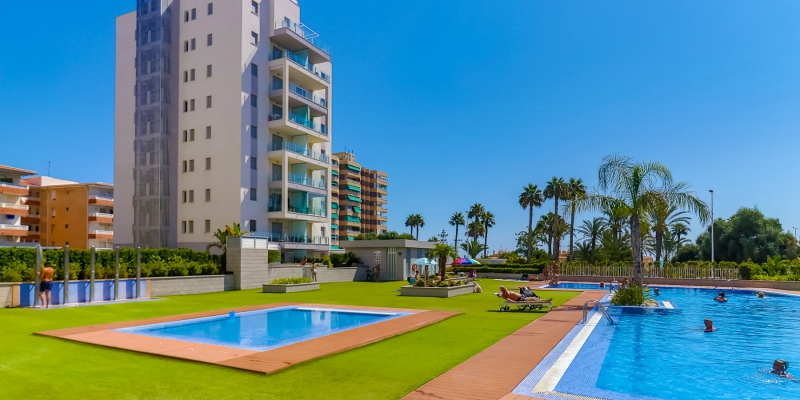 Incredible sea views in the best front line apartments urbanization in La Mata