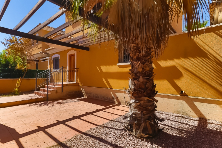 Resale - Villa / Semi detached - Torrevieja  - Aguas Nuevas II