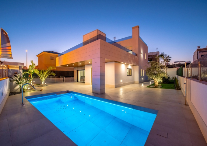 Villa / Semi detached - New Build - Orihuela Costa - La Zenia