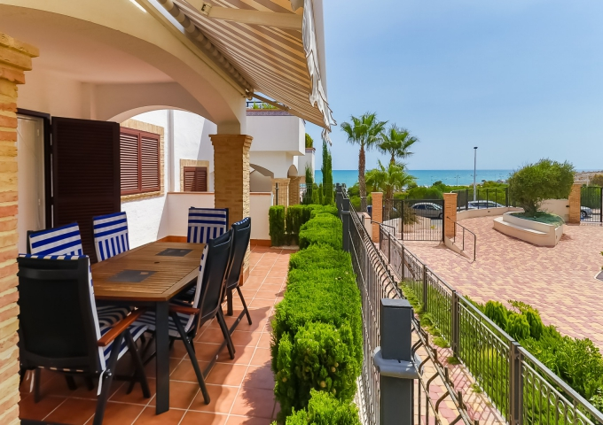 Apartment/Bungalow - Resale - Torrevieja  - Azul Beach