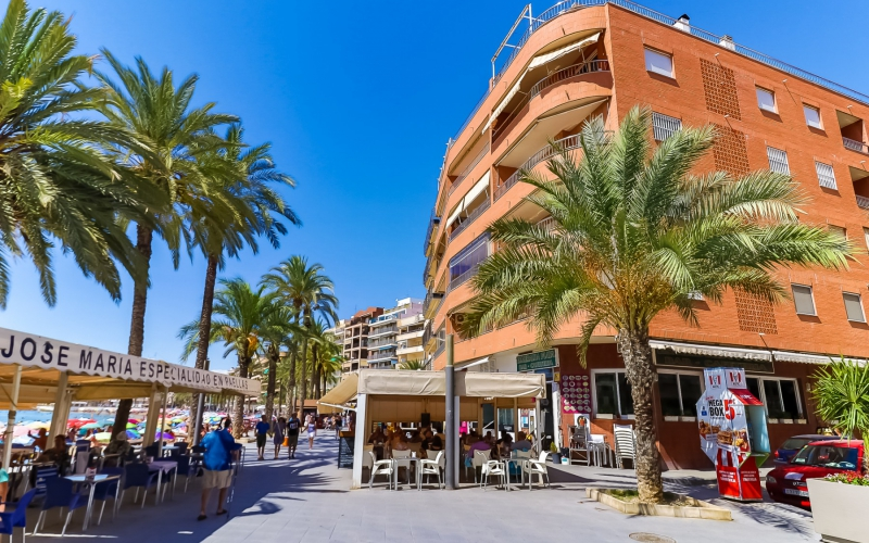 Lägenhet / Bungalow  - Resale - Torrevieja  - Center