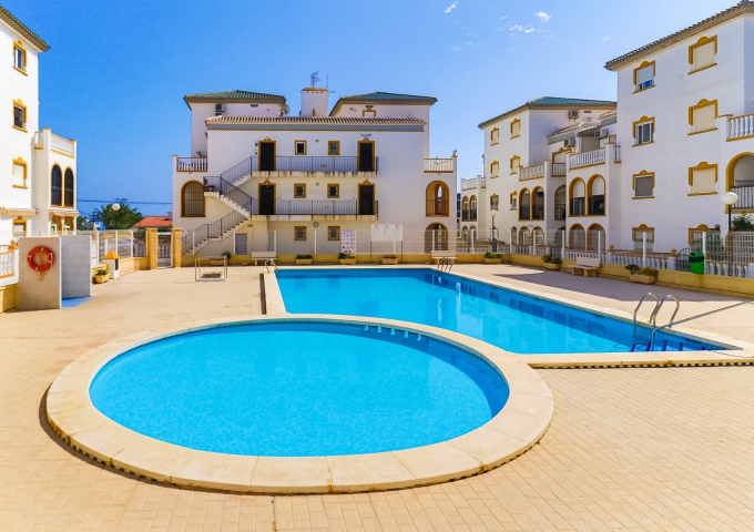 Apartment/Bungalow - Resale - Torrevieja  - Molino Blanco