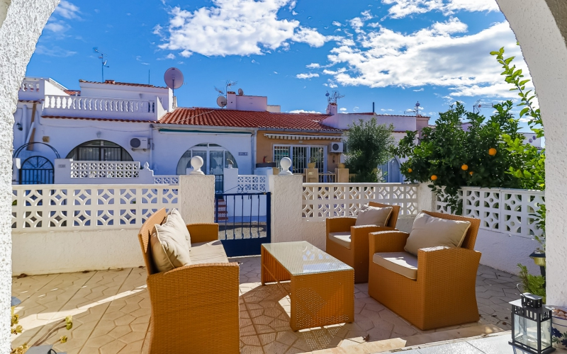 Apartment/Bungalow - Resale - Torrevieja  - El Limonar